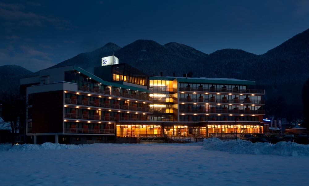 Bohinj-Park-ECO-Hotel-winter-exterior1